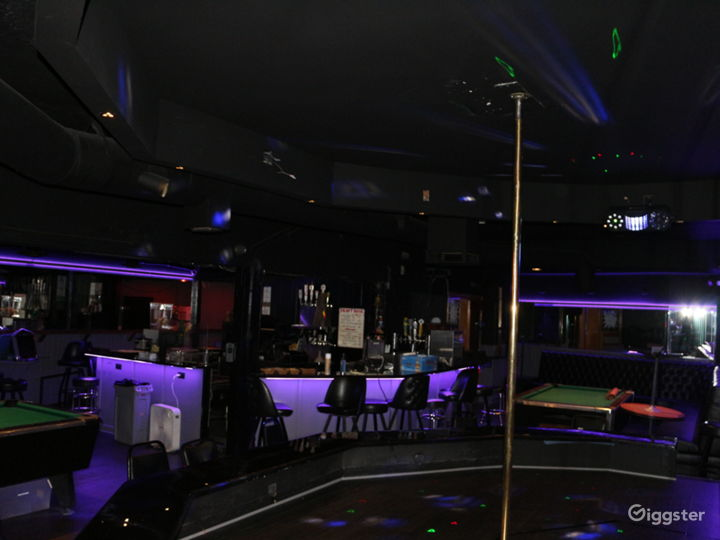 Bar, Strip club, Lounge  Photo 2