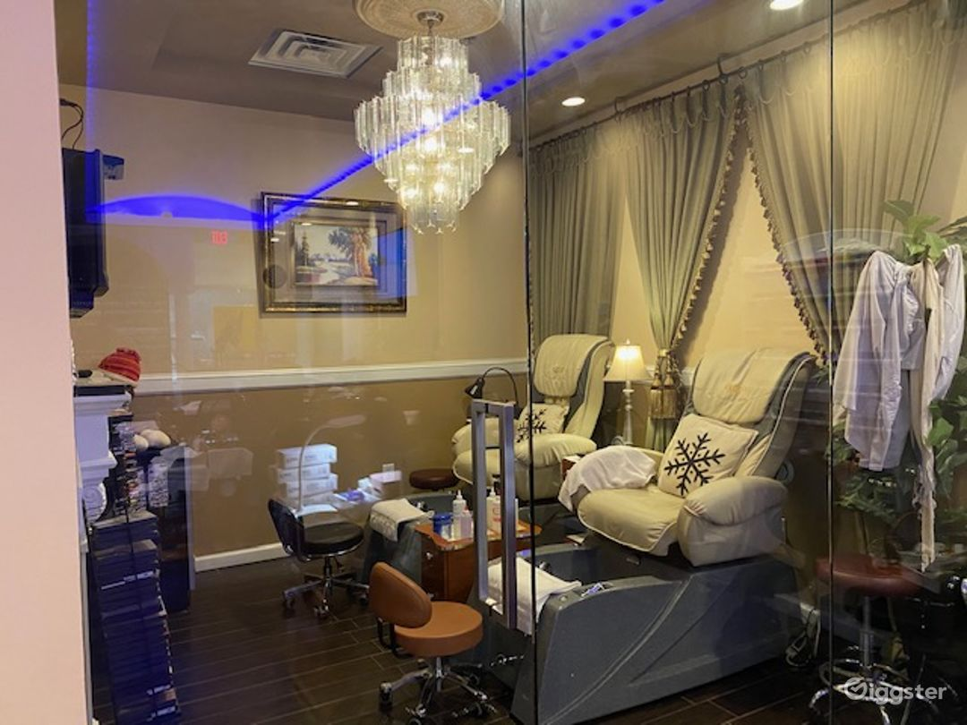 Upscale Nail Salon w/Kids Section & Private Room Photo 4