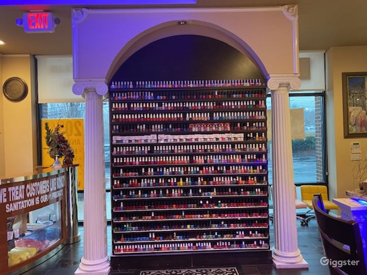 Upscale Nail Salon w/Kids Section & Private Room Photo 3