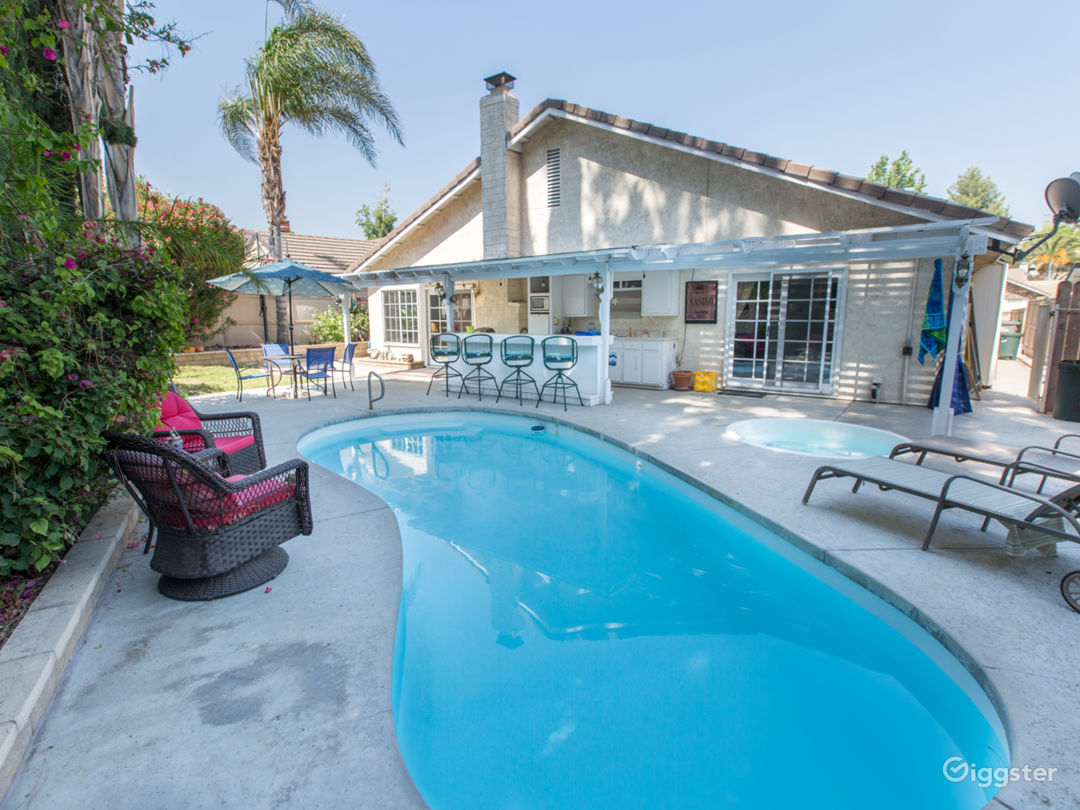 Backyard Beach House in Santa Clarita Photo 1