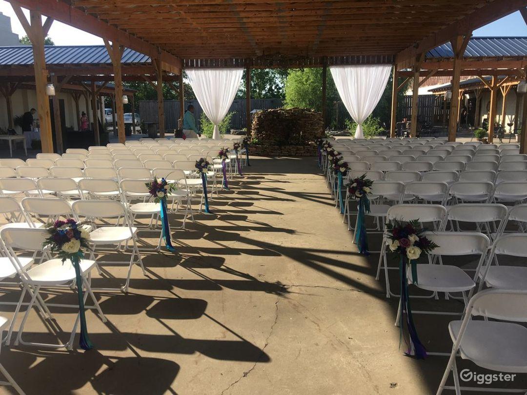 Large Courtyard Pavilion in Gallatin  Photo 1