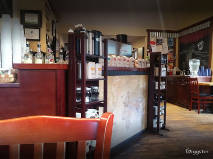 Warm and Welcoming Indoor Café in Issaquah Photo 3