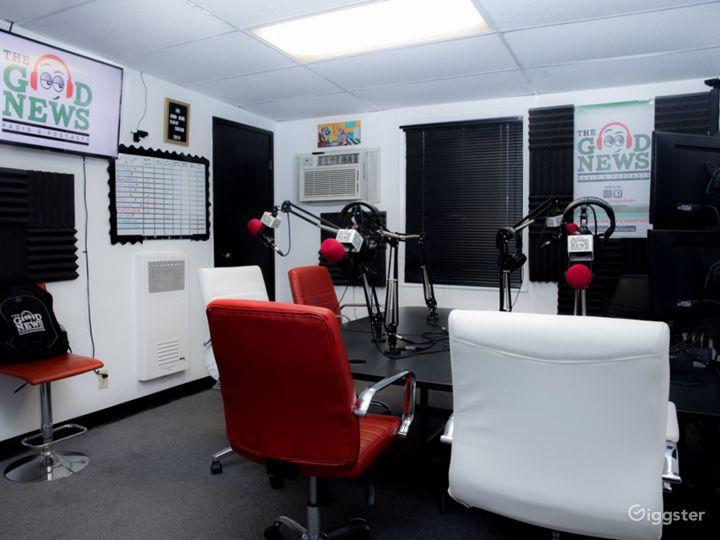 West LA Podcasts Recording Studio Photo 3