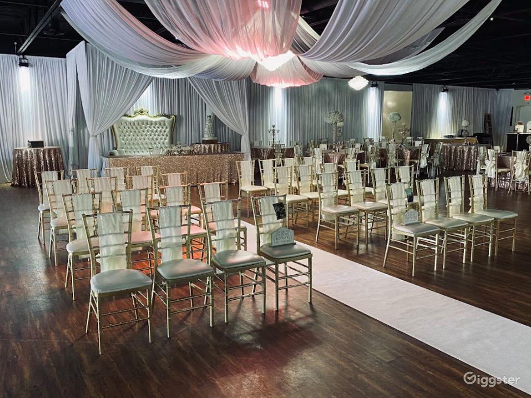 Stunning Ballroom in Arlington Photo 1