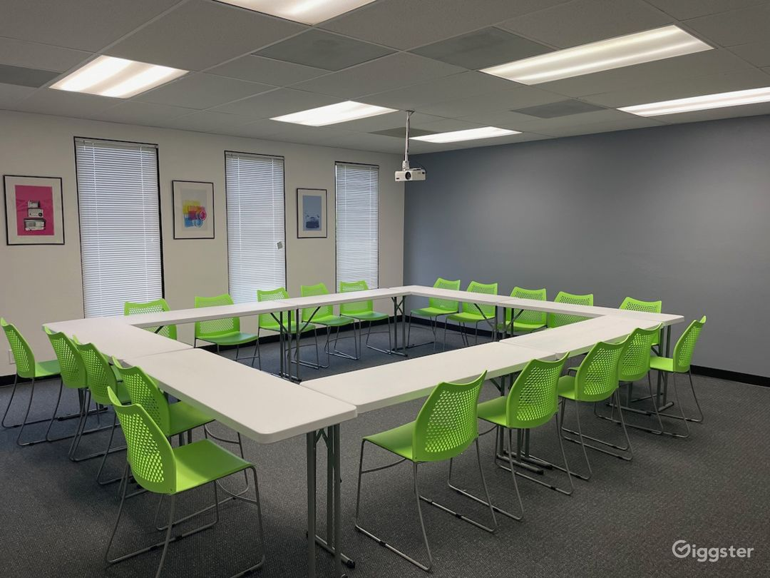Flexible classroom space. 20 chairs, moveable tables, multiple configurations.