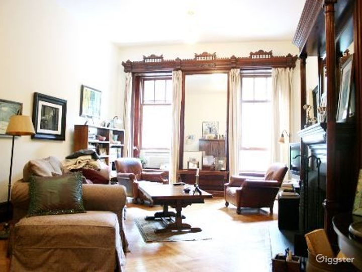 Brownstone with original details: Location 3326 Photo 5