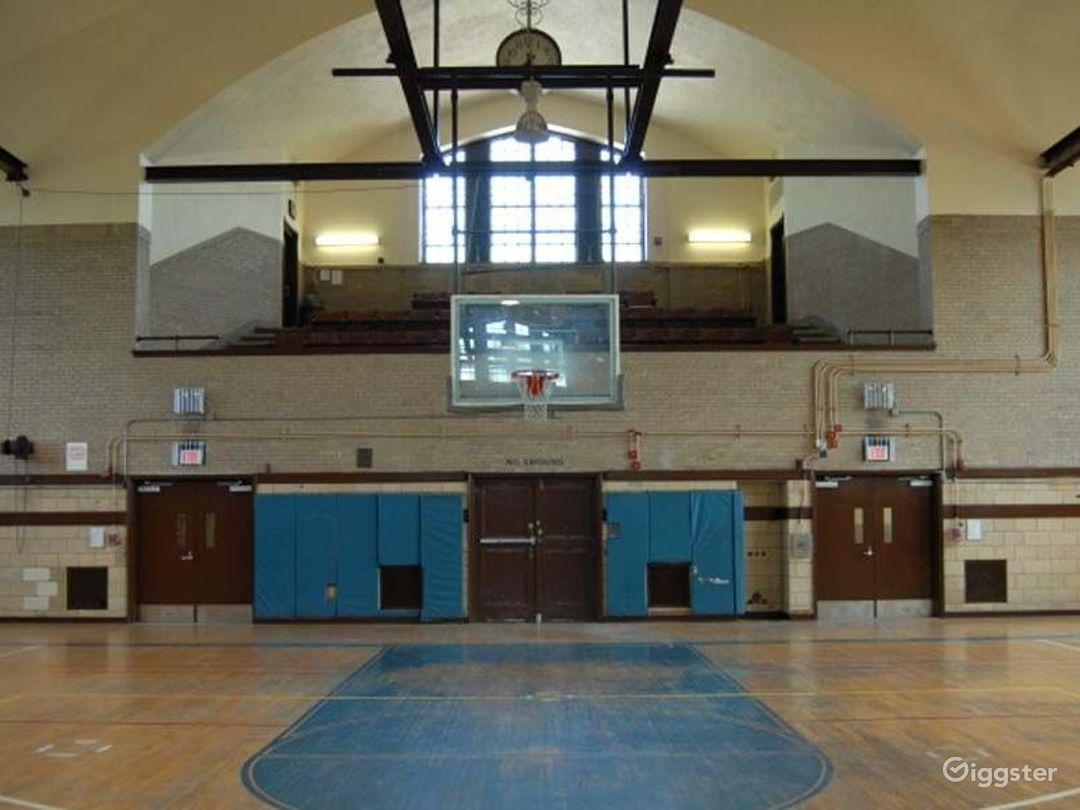 Basketball gym and facility: Location 4249 Photo 1