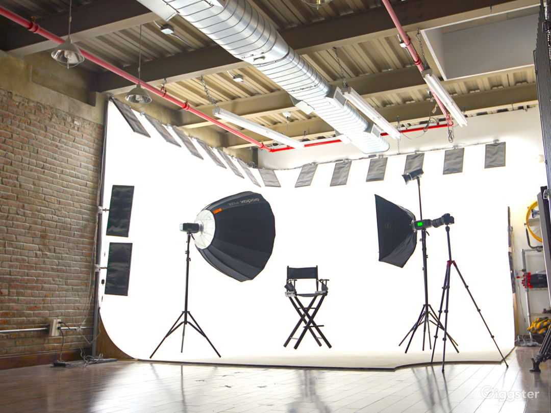 Modern-Industrial Photo & Video Production Studio Photo 1