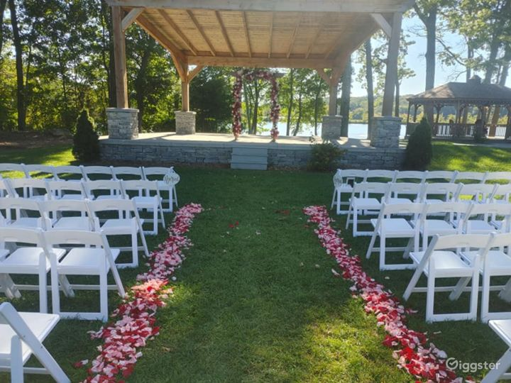 Scenic Amphitheatre for Events in North Providence Photo 2