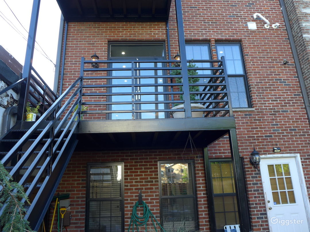 Bright brick facade townhouse in Bushwick BK Photo 4
