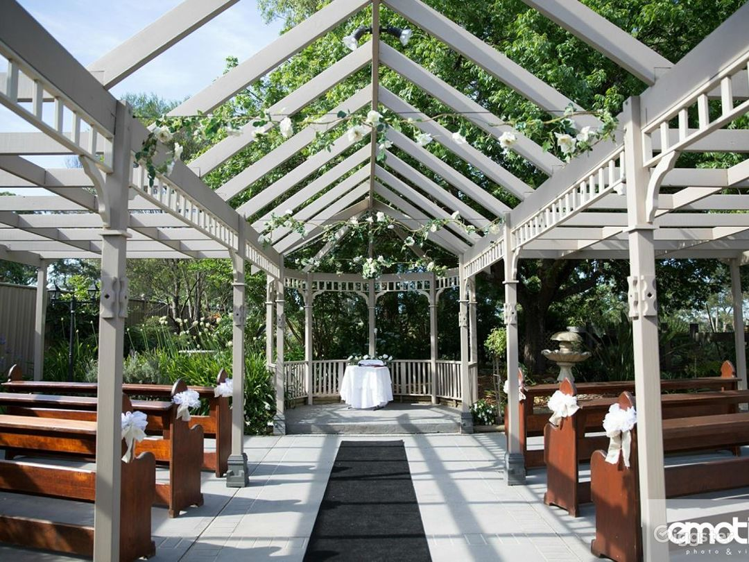 Unique and Picturesque Event Space in Appin  Photo 1