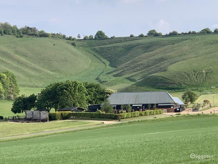 Wellington Barn - Setting