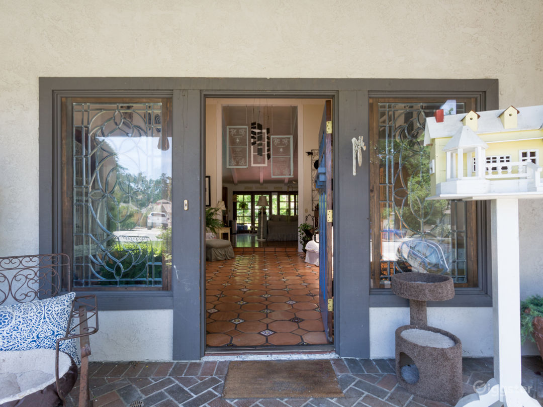 Ranch Style Home Photo 3