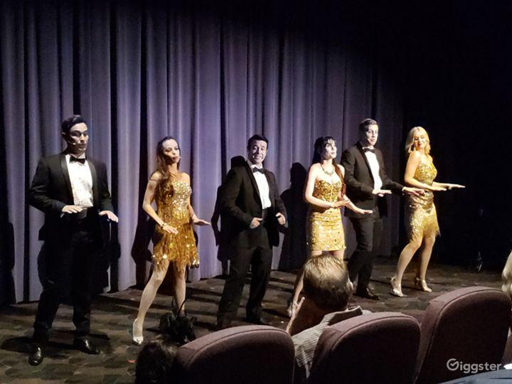 Broadway-Live performance.