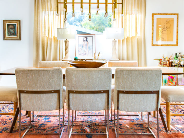 Mid Century Modern Home with lots of Natural Light Photo 4