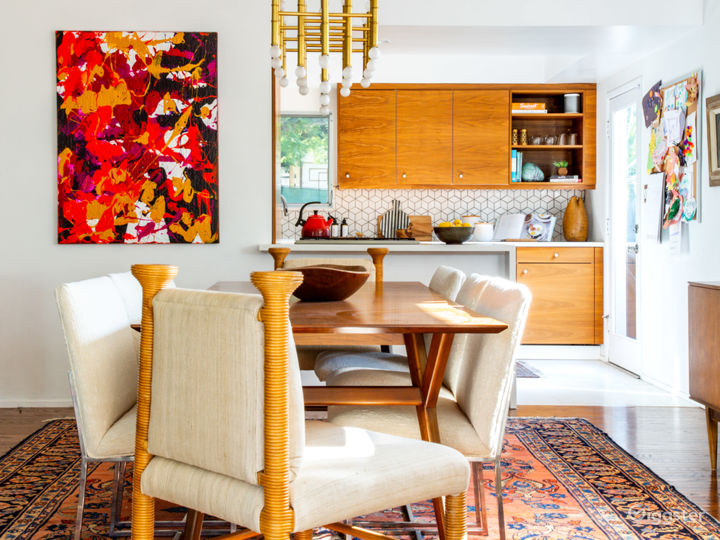 Mid Century Modern Home with lots of Natural Light Photo 3