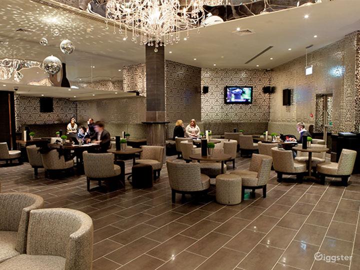 Extravagant Bar in London, Heathrow  Photo 3