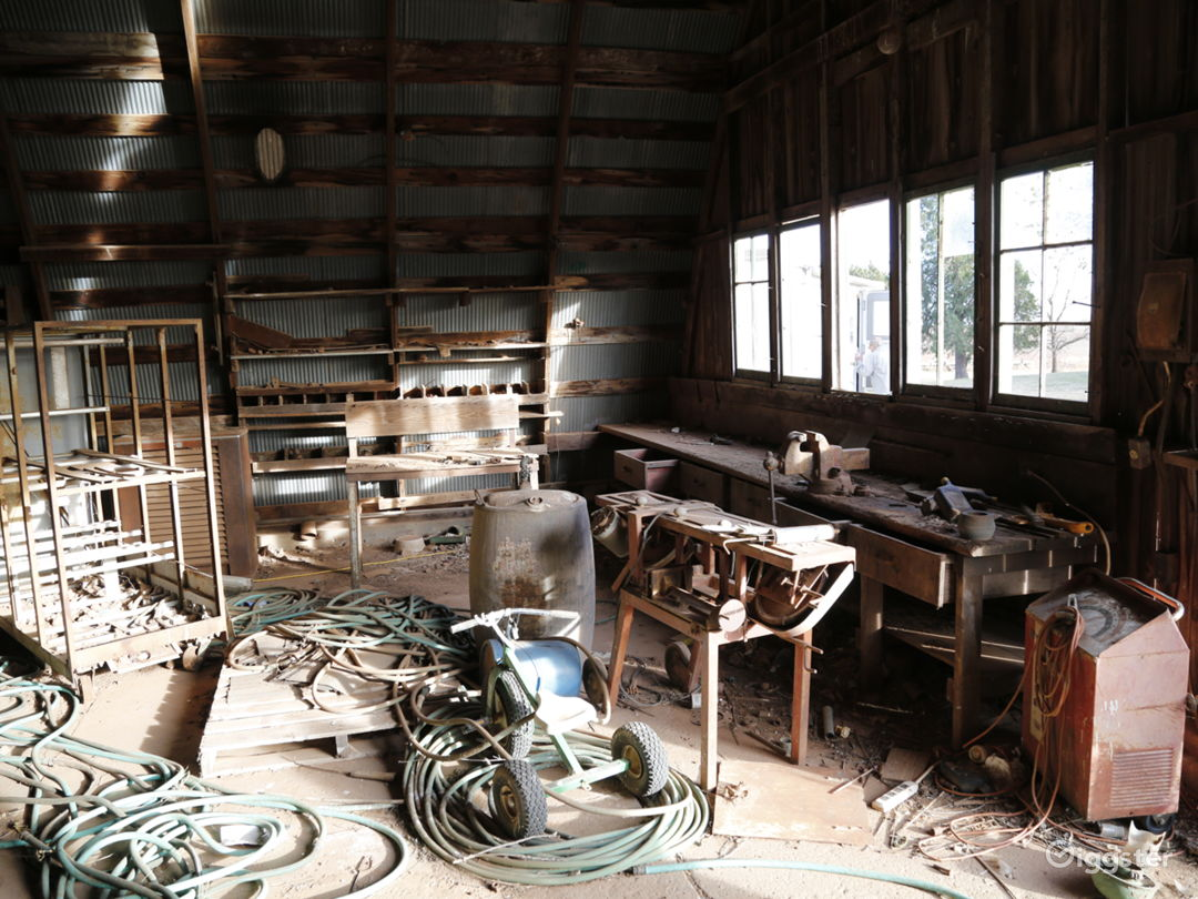 Grant county shed - inside