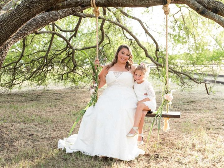 Beautiful Country Wedding Venue in New Braunfels Photo 4