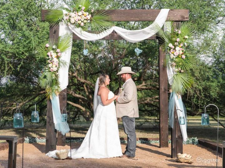 Beautiful Country Wedding Venue in New Braunfels Photo 2