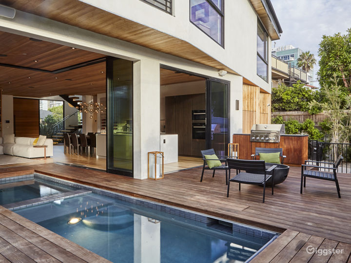 Modern Venice Beach Smart-Home Photo 2