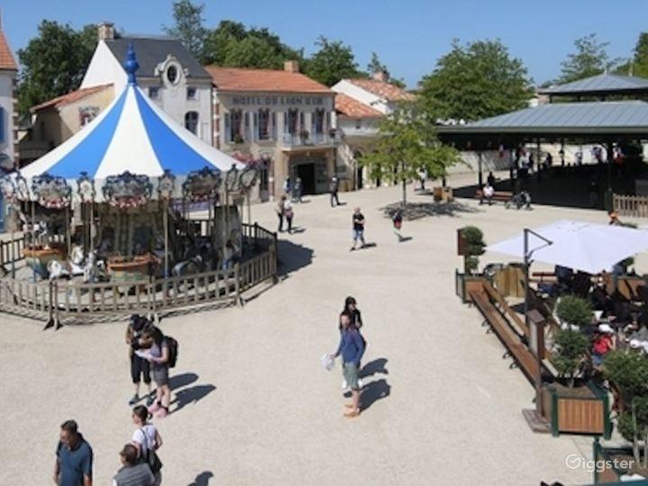 Belle Époque Town - Traditional European Village  Photo 2