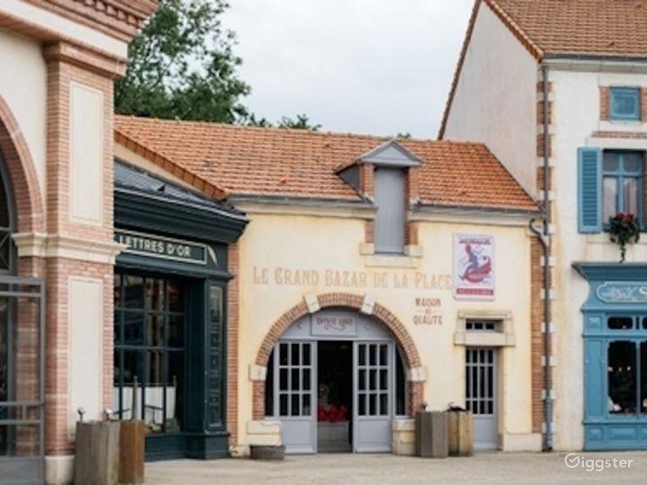 Belle Époque Town - Traditional European Village  Photo 3