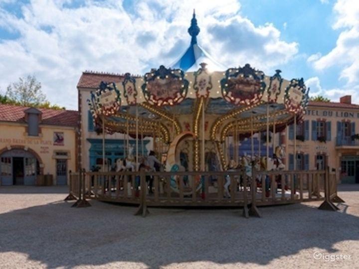 Belle Époque Town - Traditional European Village  Photo 4