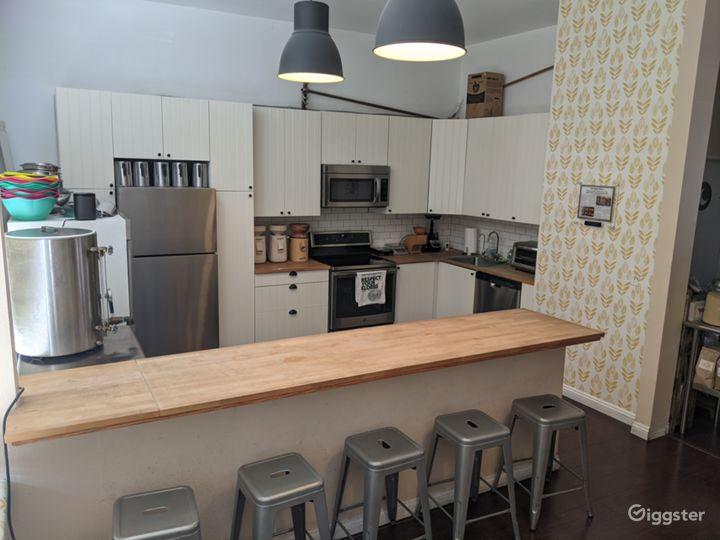 Homestyle Kitchen and Retail Shop Photo 2