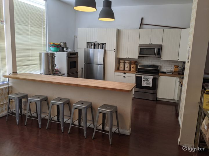 Homestyle Kitchen and Retail Shop Photo 4