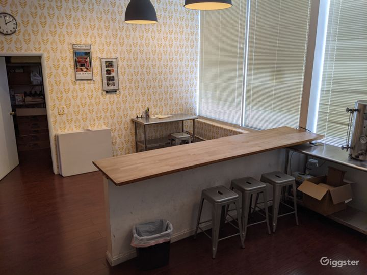 Homestyle Kitchen and Retail Shop Photo 5