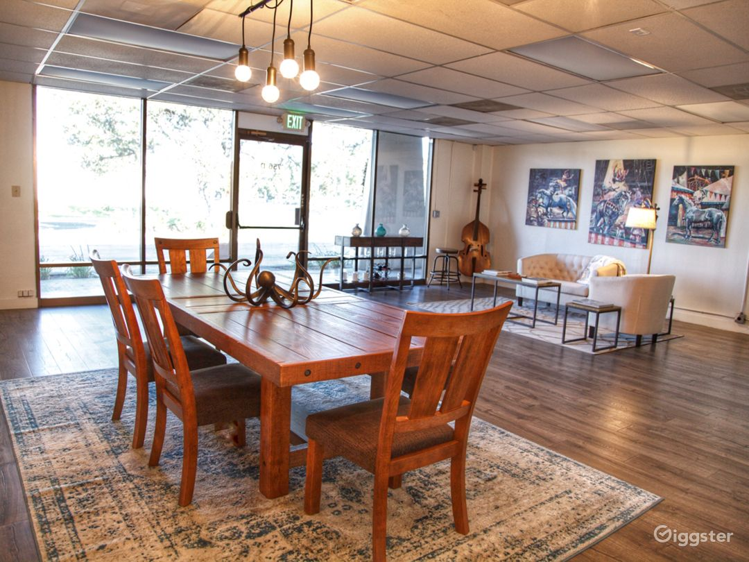 Octopus Lounge Meeting Space in Westlake Village Photo 3