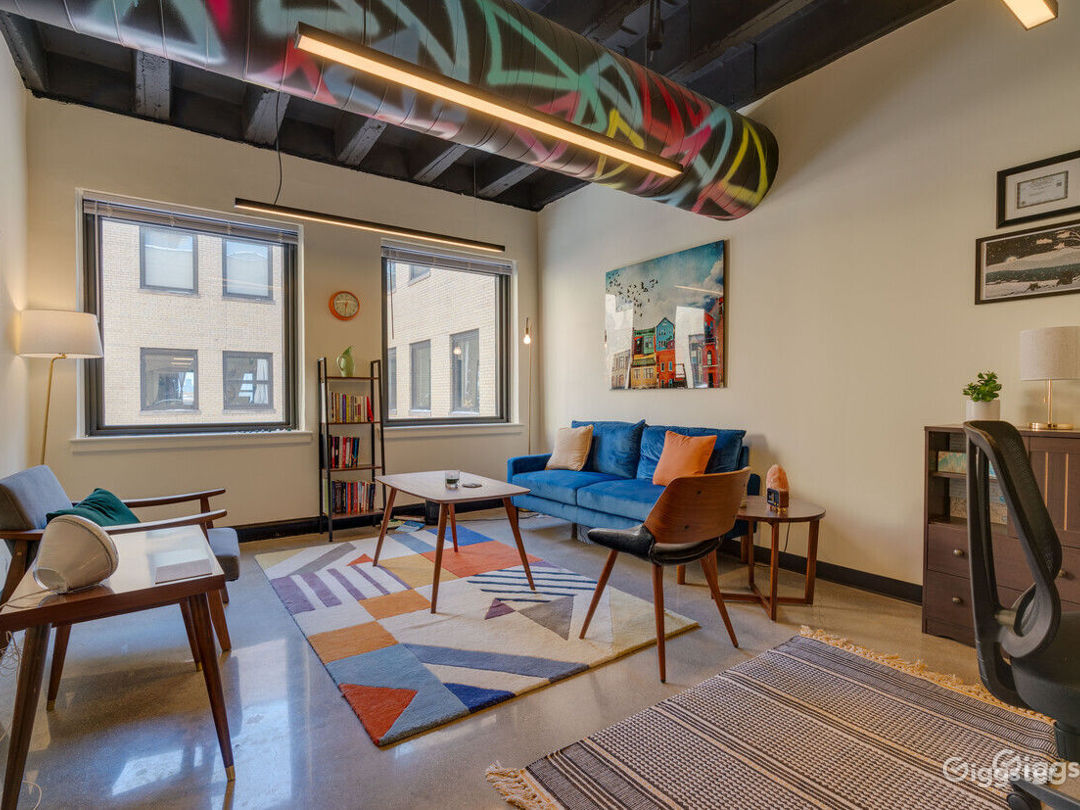 Private Office for 5+ in Wicker Park Photo 1