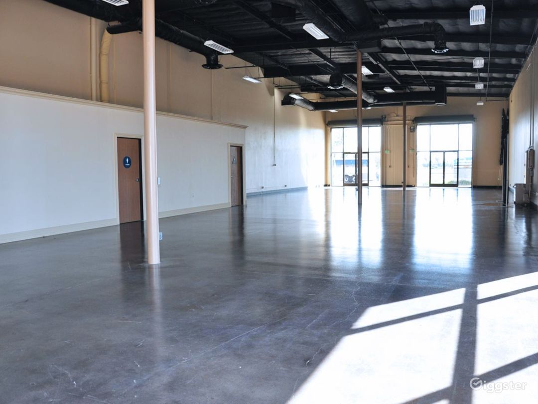Hall B is a vast space that measures 112' x 41' with 16' - 19' ceiling height. That's 4,592 sq. ft.