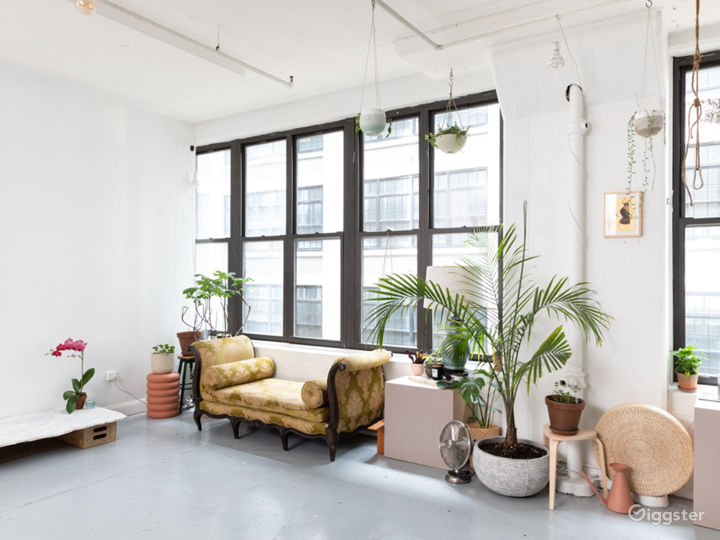 Plant-filled Artist Loft with Props + Surfaces Photo 3