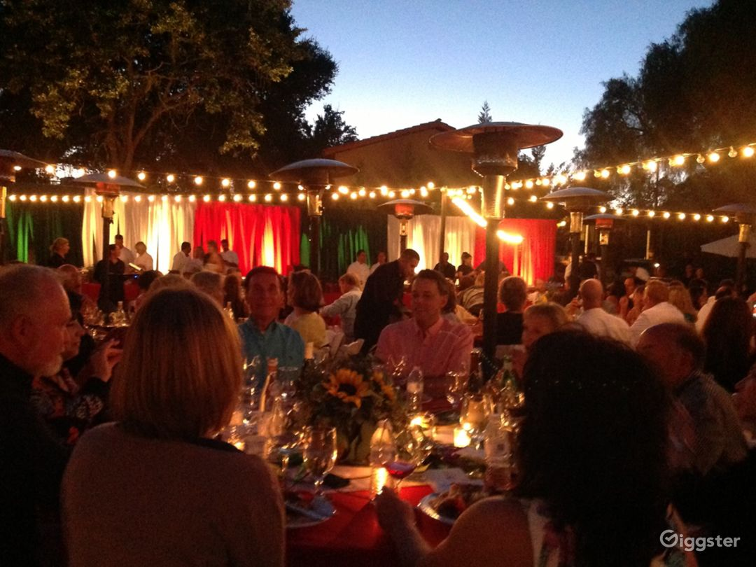 Spacious Outdoor Venue for Events Photo 1