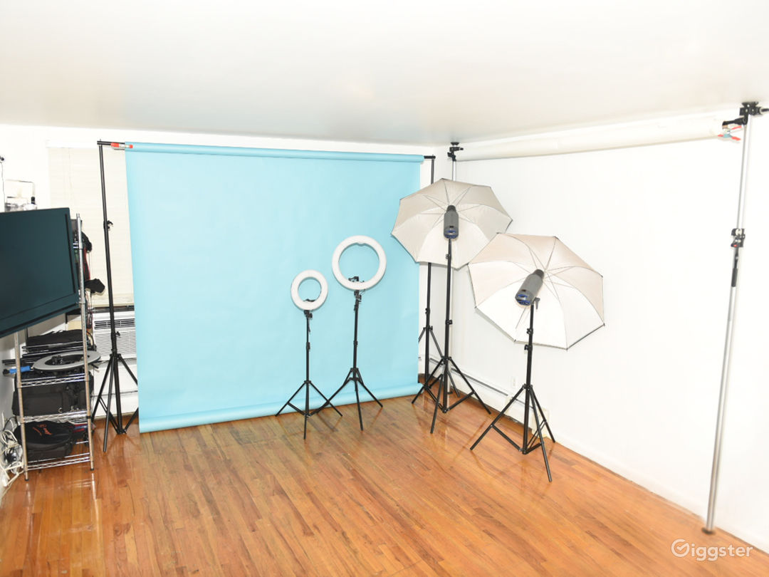 Portrait Studio in Central Harlem with Roof Access Photo 1
