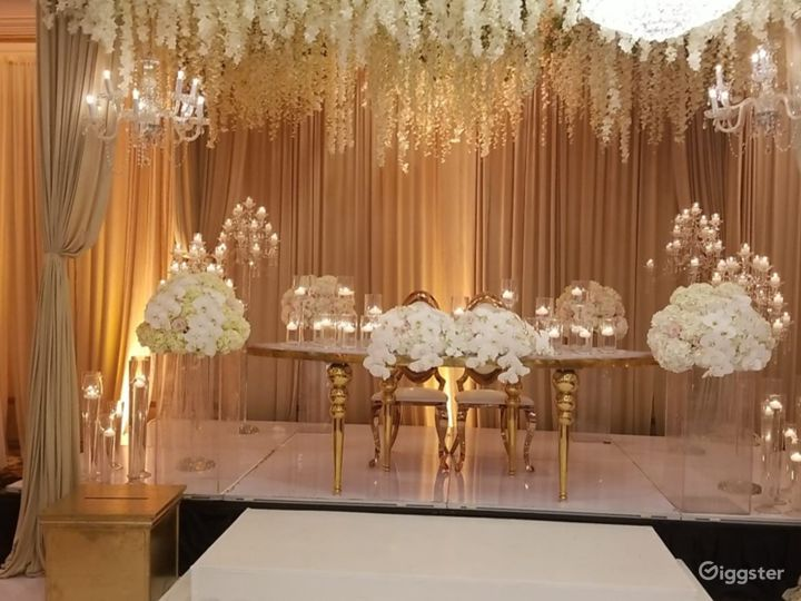 Сharming Banquet Hall in Plymouth Photo 4