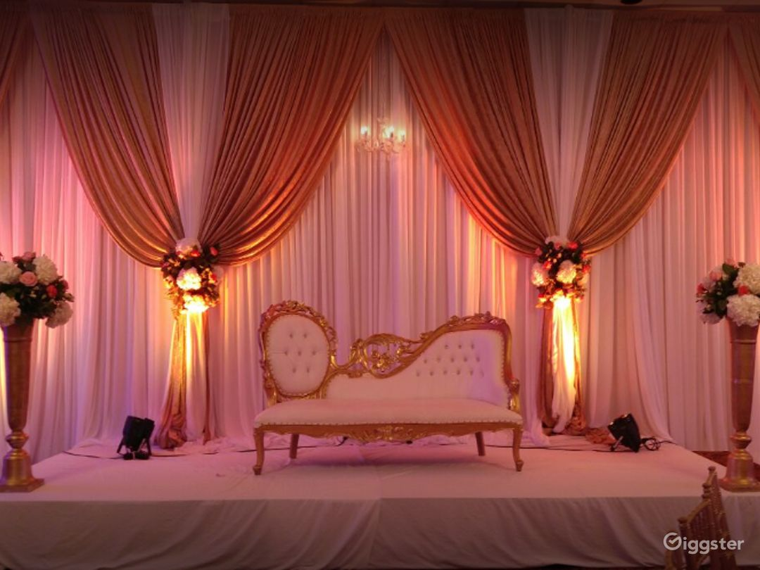 Сharming Banquet Hall in Plymouth Photo 1