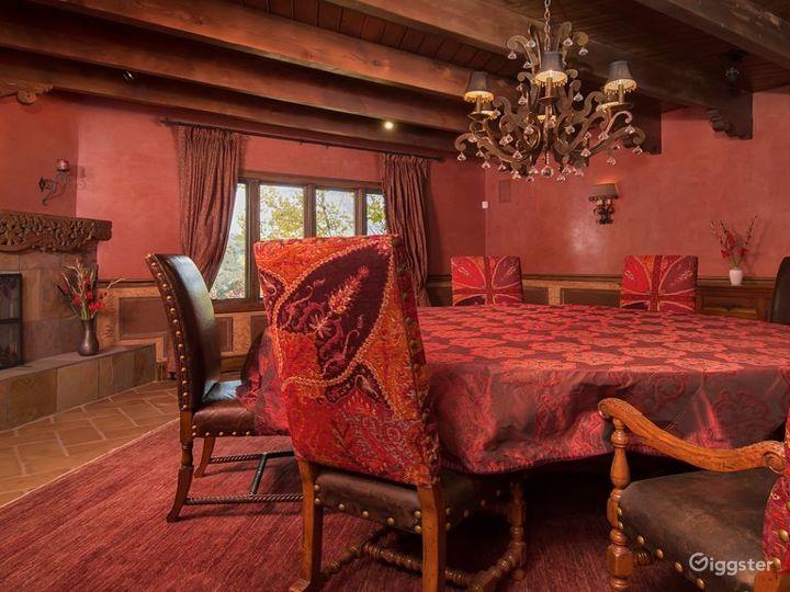 Luxurious Southwestern Grand Tuscan Adobe Photo 5