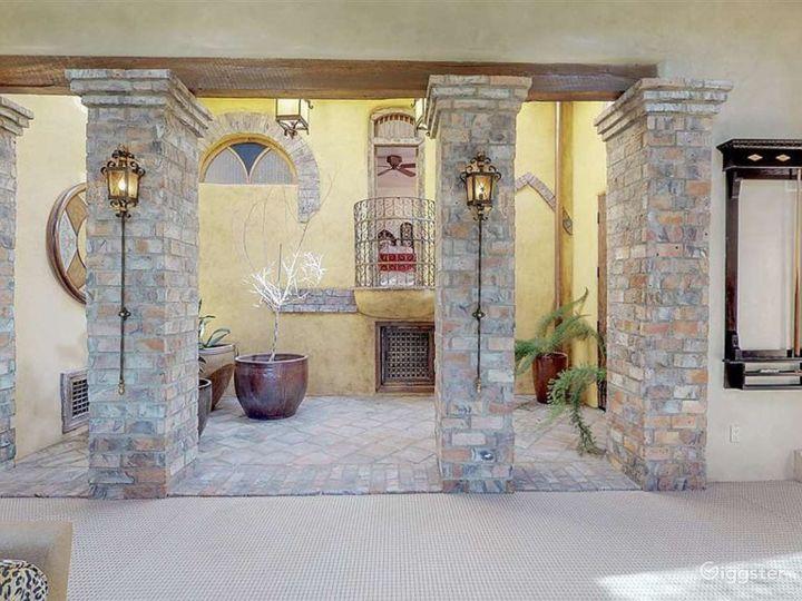 Luxurious Southwestern Grand Tuscan Adobe Photo 2