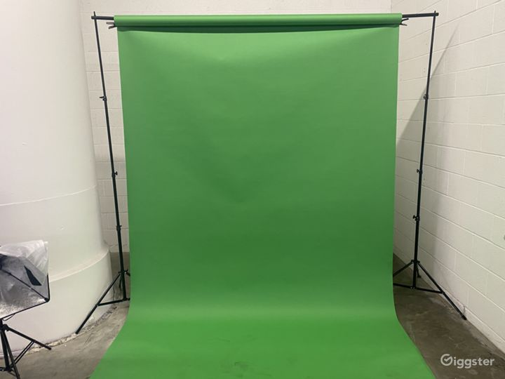 Green screen area for photo and video