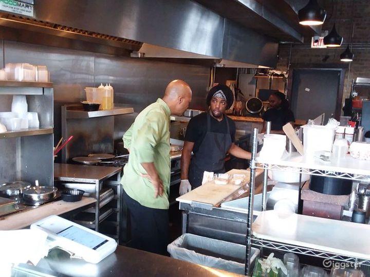 Fast Casual Vegan Restaurant in Chicago Photo 2