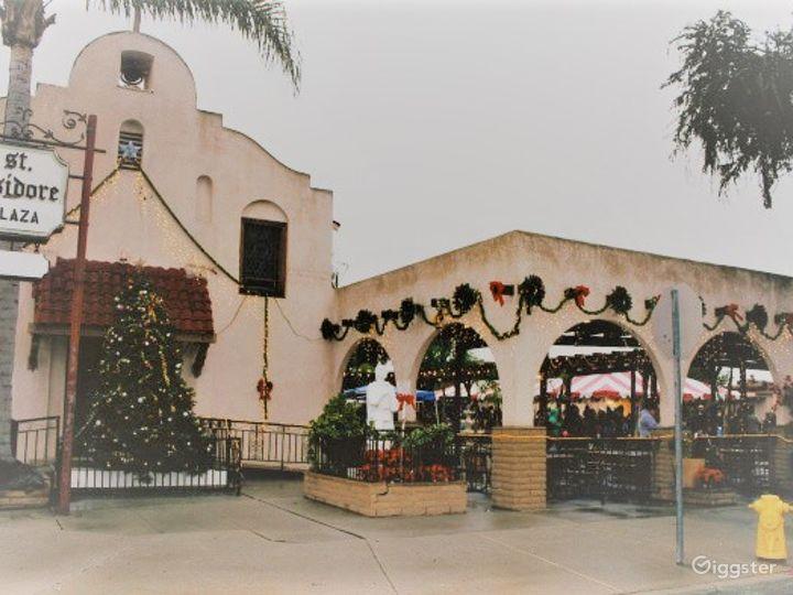 Historical Hall & Plaza Los Alamitos Photo 5