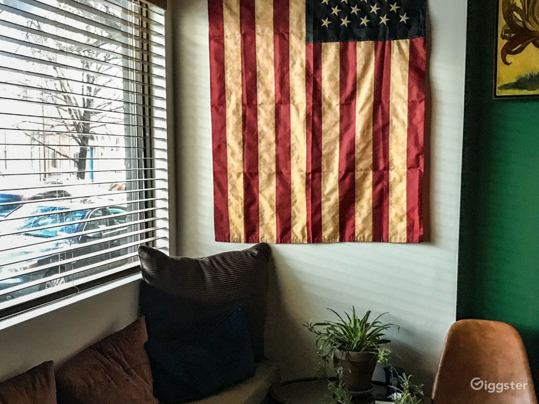 Industrial/Americana-Inspired Storefront Row House Photo 4