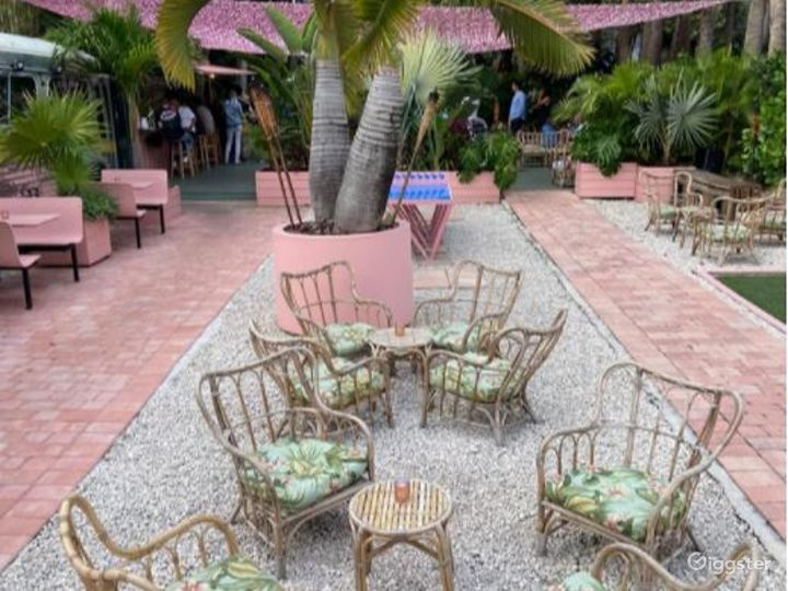 The Bus: Posh Bus & Playground Bar Venue in Miami Photo 5