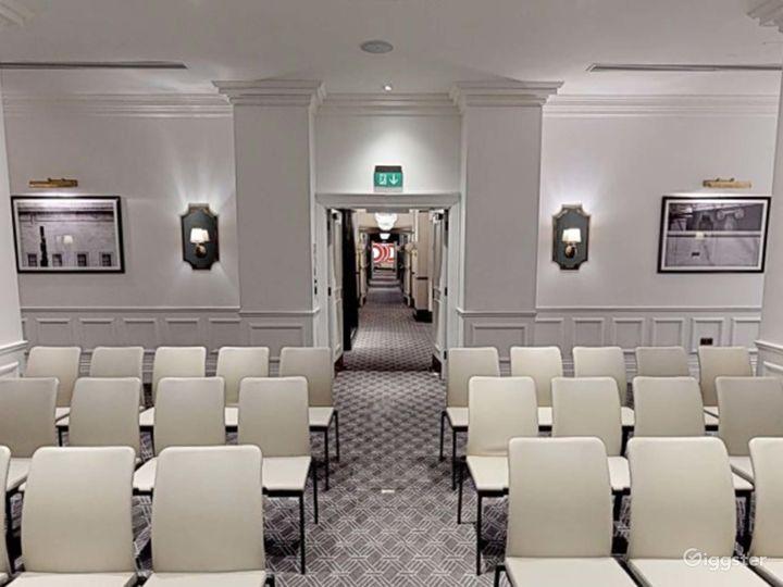 Dazzling  Keynes Room in Bloomsbury, London Photo 3
