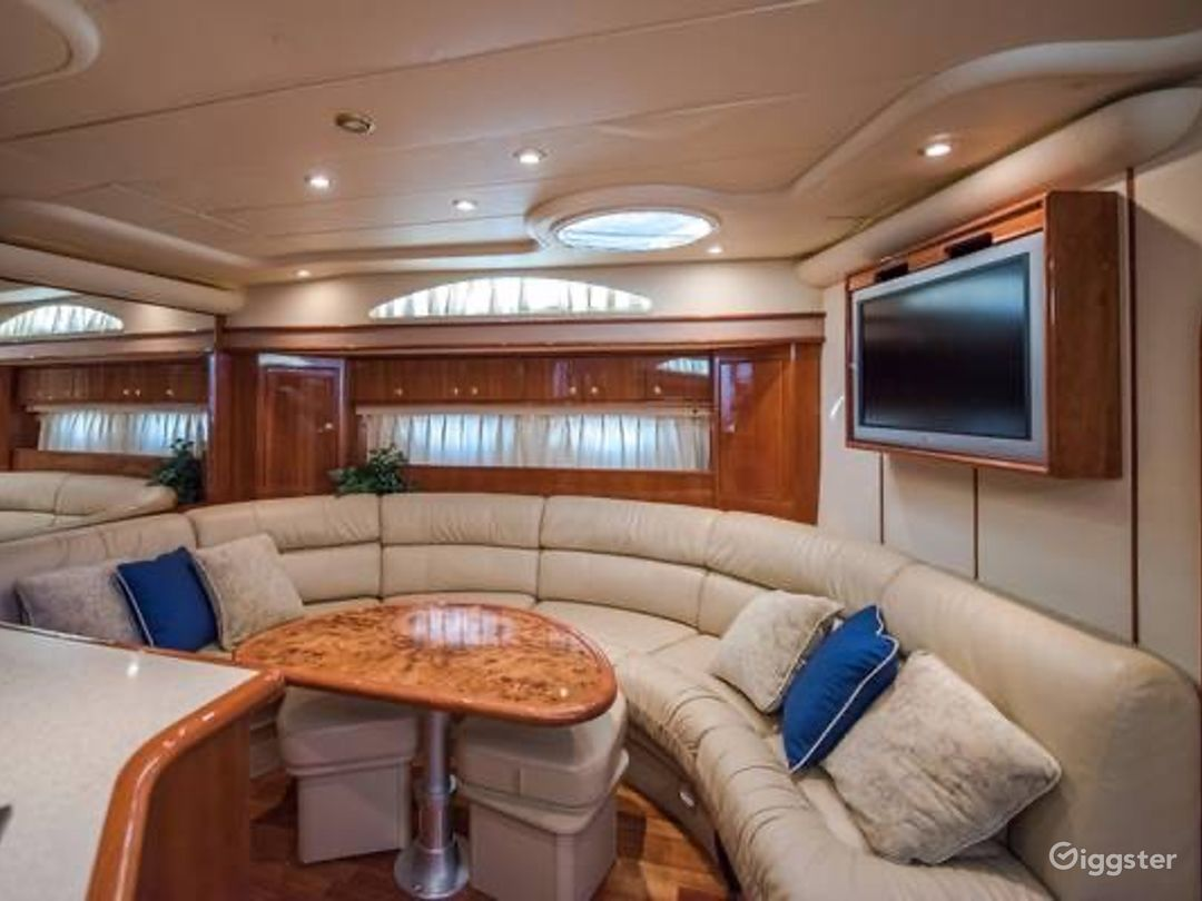 Intimate 60FT NEPTUNE Party Yacht Space Events  Photo 1