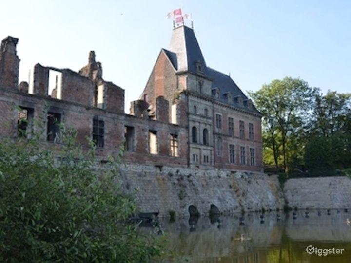 Renaissance Castle Courtyard  Photo 4