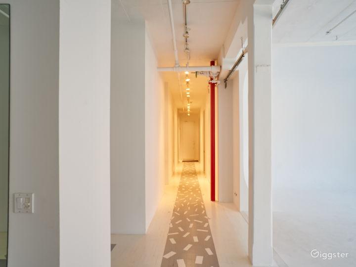 Large NYC loft: Location 5085 Photo 3